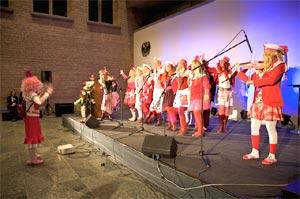 'Die Brausen' ließen den Internationalen Frauentag im Kölner Rathaus sangeskräftig ausklingen.