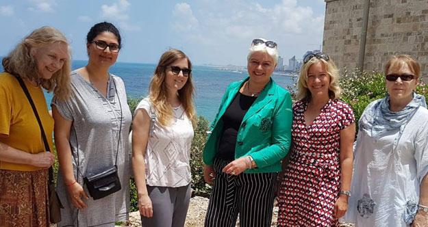 Im Juni 2018 war eine kleine Kölner Delegation zu Besuch in Tel Aviv-Jaffa: Dagmar Dahmen und eine Kollegin aus dem Amt für Gleichstellung, eine Mitarbeiterin der Kämmerei, Dr. Marita Alami für den AKF und Monika Möller als Vorsitzende des Vereins zur Förderung der Städtepartnerschaft Köln - Tel Aviv-Yafo e.V